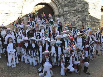 Este sábado, botargas y mascaritas vuelven a Almiruete