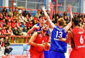 El Isover Basket Azuqueca busca conseguir la docena de victorias en la pista del Casvi
