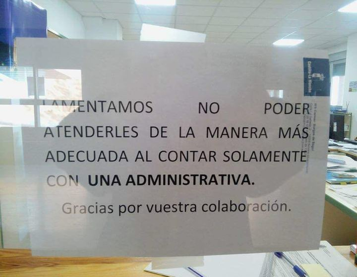 """Denuncian en Alovera """"la falta de personal y el lamentable estado en el que se encuentra el único Instituto del municipio"""""""