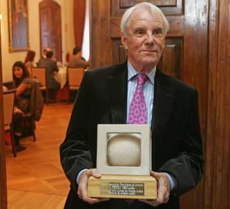 Muere a los 81 años el actor Pedro Osinaga