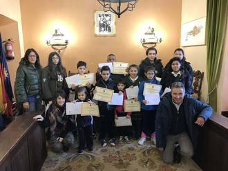 El Ayuntamiento de Sigüenza entrega los premios del Concurso Escolar de Tarjetas de Navidad
