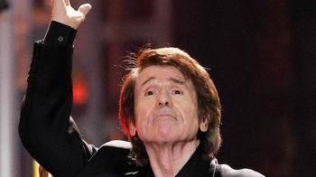 Raphael cancela su último concierto por problemas de salud