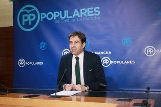 """Denuncian """"el caos y la situación crítica que sufren pacientes y profesionales de Sanidad con Page y Podemos"""""""