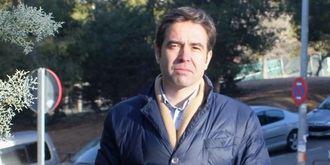 """Lorenzo Robisco: """"Page debe cesar al consejero de Sanidad o marcharse él"""""""