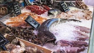 Los precios del besugo y la merluza se disparan hasta un 25% y 44% en una semana