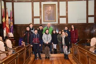 Alumnos del Liceo Caracense visitan la Diputación Provincial
