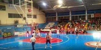 El Isover Basket Azuqueca, campeón de invierno con 14 victorias y sólo una derrota