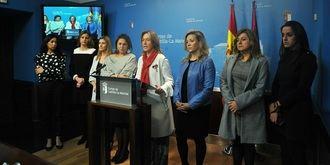 """""""Page y Podemos quieren convertir a sus asesores en funcionarios por la puerta de atrás"""""""