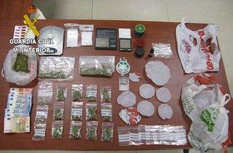Detenidas cuatro personas por vender sustancias estupefacientes en Villanueva de la Torre