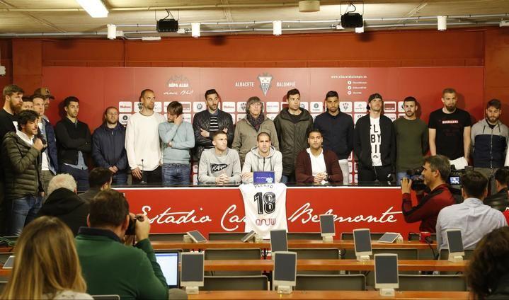 Toda la plantilla del Alba agradece todos los apoyos recibidos por el accidnete de Pelayo