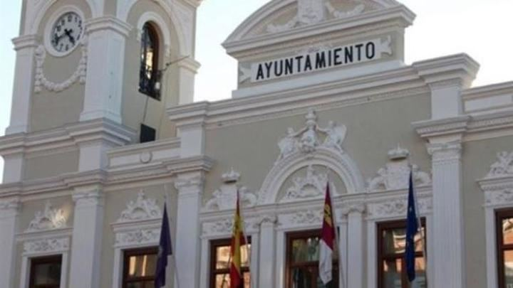 En la mañana, el número de trabajadores del Ayuntamiento de Guadalajara que ha hecho el paro de 2 horas, ha sido de 15