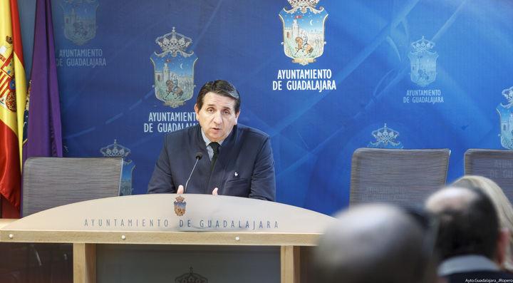 """Eladio Freijo lamenta que el PSOE del Ayuntamiento """"intente hundir el prestigio de la ciudad de Guadalajara"""""""
