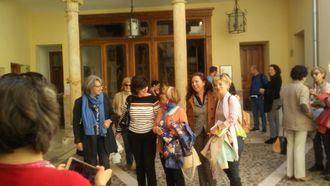 Representantes de entidades, asociaciones culturales, guías turísticos y blogueros de Madrid han visitado este jueves Guadalajara