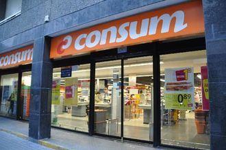 Los supermercados Consum dejan de etiquetar sus productos en catalán