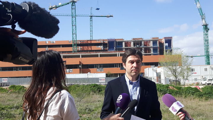 """""""Guadalajara lleva 9 años esperando la ampliación del Hospital y Page sigue mintiendo sobre el avance de la obra"""""""