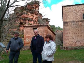 La Diputación se compromete a arreglar el camino que va de Cobeta al Santuario de la Virgen de Montesinos