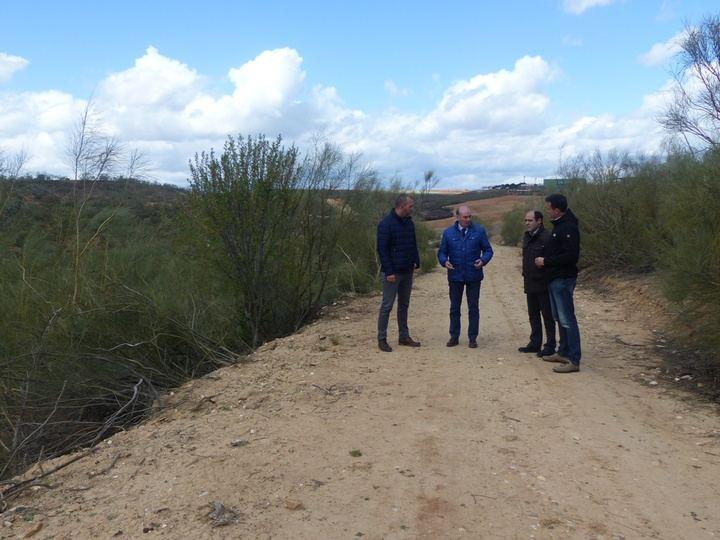 La Diputación de Guadalajara prevé arreglar 10.000 kilómetros de caminos en toda la provincia