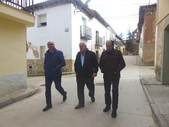 La Diputación renueva las redes de abastecimiento y el alumbrado de Málaga del Fresno