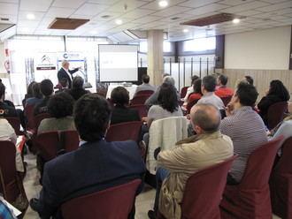 Medio centenar de empresarios se reúnen en Azuqueca para seguir buscando sinergias