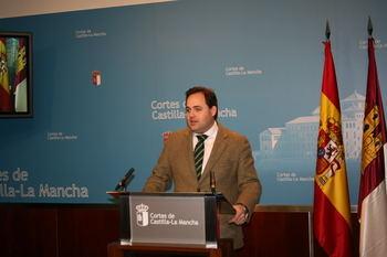 """Núñez denuncia que el Gobierno de Page está """"paralizado, derrotado, anclado en la mentira y vive de los anuncios"""""""