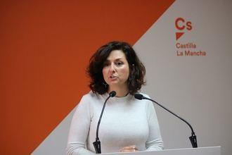 """Orlena De Miguel: """"Los castellanomanchegos lo que necesitan es estabilidad laboral, y no planes de empleo cortoplacistas como está proponiendo PSOE y Podemos"""