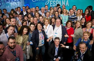 La mayoría de votantes del PP, un 69,1%, quiere que Rajoy repita como candidato a La Moncloa y el 78,3% avala las alianzas con Ciudadanos