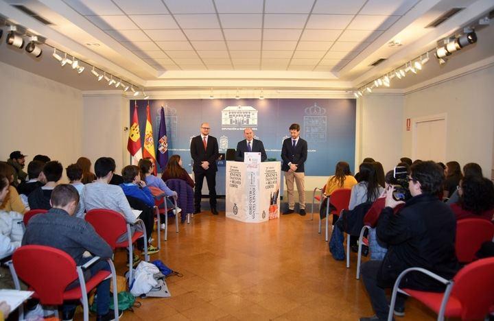 La Diputación de Guadalajara acoge a los escolares participantes en el 58º Concurso de Jóvenes Talentos de Relato Corto de Coca-Cola