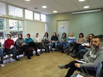 Entusiasta inicio del taller sobre sexualidad, igualdad y literatura infantil en Cabanillas