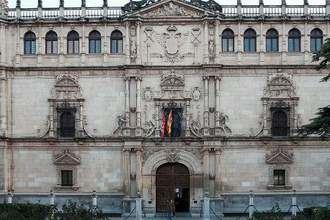 La Universidad de Alcalá celebra su primera Feria de Ingeniería, Empresa y Empleo