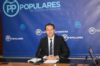 """Velázquez denuncia """"deficiencias e ilegalidades"""" de Page con el transporte sanitario"""