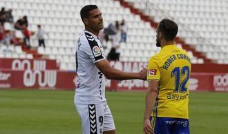 El Alba vuelve a puntuar en el Carlos Belmonte