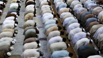 El Gobierno austriaco ordena el cierre de siete mezquitas y la expulsión de 60 imanes