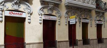 Cierra la clínica iDental de Albacete dejando a decenas de pacientes sin tratamiento