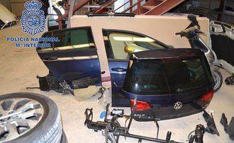 Detenidas 13 personas de una banda dedicada al robo de coches que luego despiezaban en naves clandestinas industriales de Guadalajara