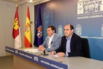 La Diputación aprueba una inversión de cuatro millones de euros para obras en los pueblos y ayudas a los más necesitados
