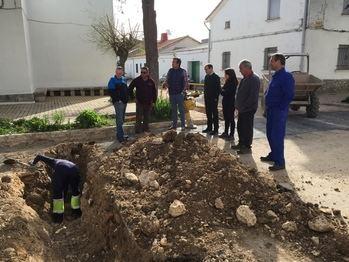 La Diputación renueva la red de abastecimiento de varias calles de Gajanejos