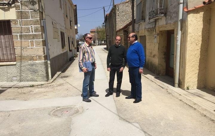 Diputación lleva a cabo obras de renovación de redes y pavimentación en Torremocha del Campo y sus pedanías