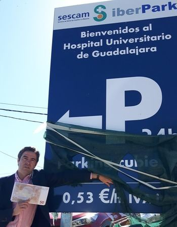 """""""Page castiga a Guadalajara abriendo el parking hospitalario más caro de la historia de Castilla-La Mancha"""""""