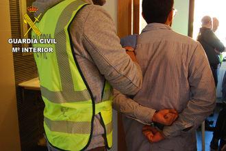 La Guardia Civil incauta más de 2.000 plantas de marihuana en Chiloeches y en Villanueva de la Torre
