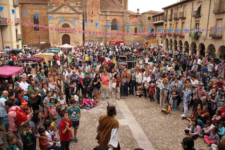 A la región no le sienta bien el Gobierno de Page/Podemos: Castilla-La Mancha, a la cola de España en ocupación hotelera durante mayo