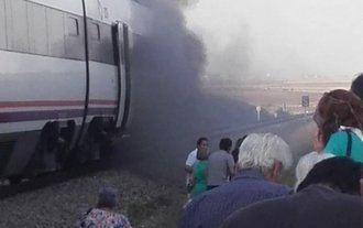 Un tren de Madrid a Extremadura sufre un incendio a la altura de Torrijos