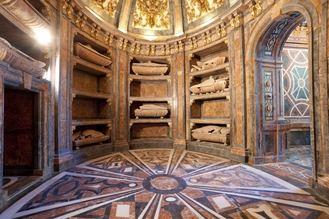 Este sábado, cita con los Monucuentos en la Capilla de Luis de Lucena, en la Cotilla y en la Cripta de San Francisco
