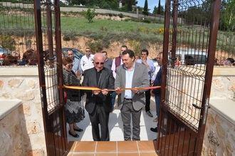 El obispo Atilano Rodríguez inaugura el nuevo Velatorio Municipal de Yebra