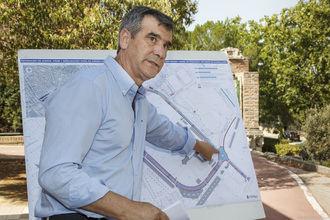 Mejoras en aceras, firme y señalización viaria de una importante zona del barrio de Adoratrices