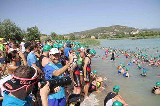 El triatlón de Pareja cumplirá 11 ediciones el sábado de la noche de San Juan