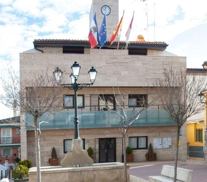 """""""El alcalde de Yebes y Valdeluz deniega información sobre su situación tributaria con el Ayuntamiento"""""""