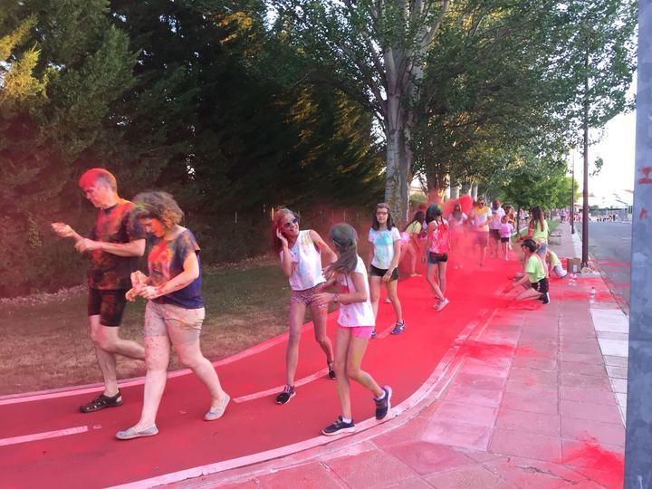 "Cabanillas estrenó ""carrera de colores"" con gran éxito de participación"