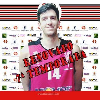 Charly García renueva por séptima temporada con el Isover Basket Azuqueca