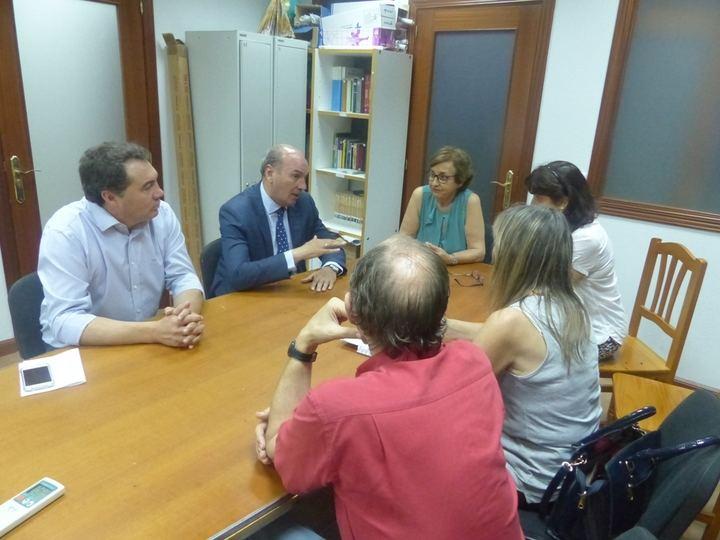 Latre firma un convenio con AFAUS para facilitar la inserción laboral de las personas con enfermedad mental
