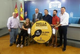 Diputación organiza de nuevo la Paella Solidaria de Ferias, este año a favor de la Asociación de Esclerosis Múltiple